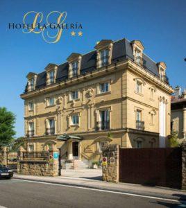 el Hotel La Galería es un dos estrellas con parking ubicado en un enclave espectacular, a un paso de la bahia de la concha